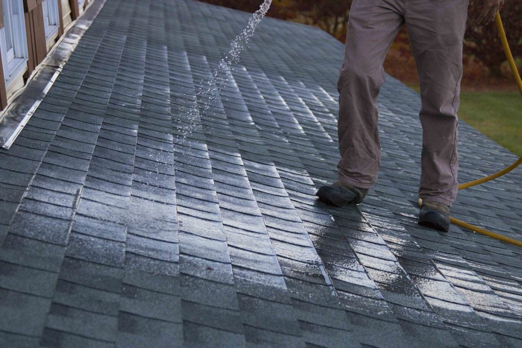 ROOF WASHING, CLEANING SHINGLES ON ASPHALT SHINGLE ROOF